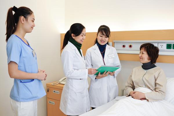Vai trò, chức năng của Điều dưỡng viên trong hệ thống y tế