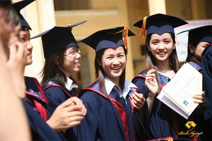 Xét tuyển học bạ THPT vào Cao đẳng Dược Hà Nội 2017