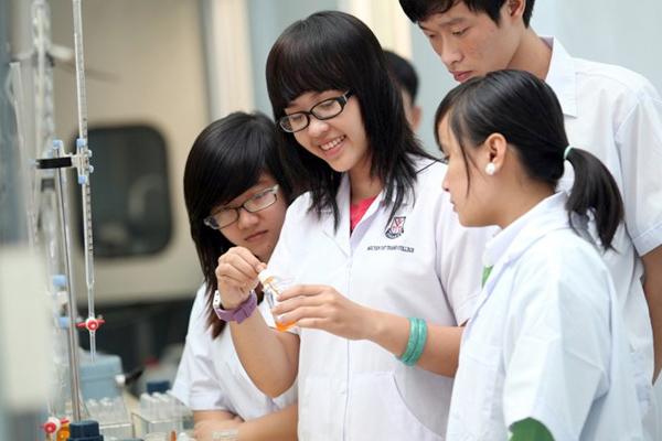 Tại Sao Nên Học Văn Bằng 2 Cao đẳng Dược Hà Nội?